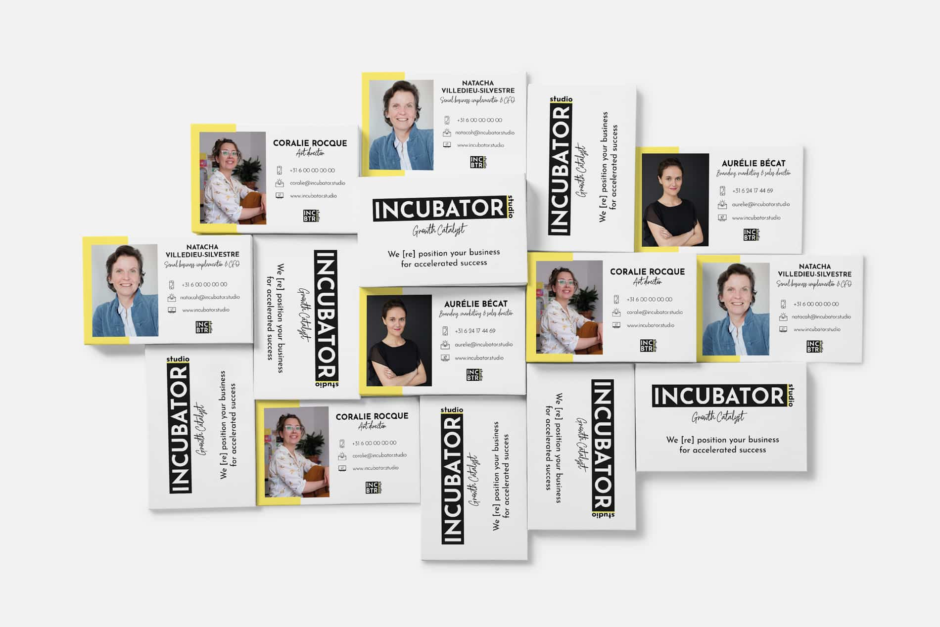 incubator-studio-business-card-mockup